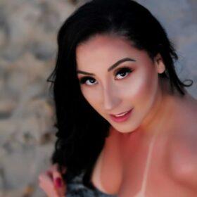 Maya Alencar